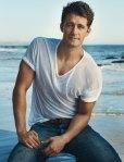 Matthew_Morrison_white_shirt_VSS