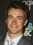 robert-buckley