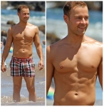 joey-lawrence-shirtless-hawaii