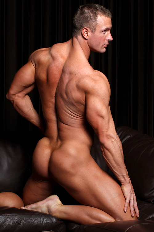 MuscleHunks-TJ_Cummings-1