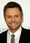 Joel+McHale+19th+Annual+Elton+John+AIDS+Foundation+OEOp2ycKthbl