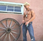 Hot-Muscle-Guy-Lucky-Gallery-2-008