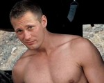 alexander skarsgard shirtless_1