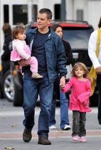 Matt-Damon-Wife-Kids-02