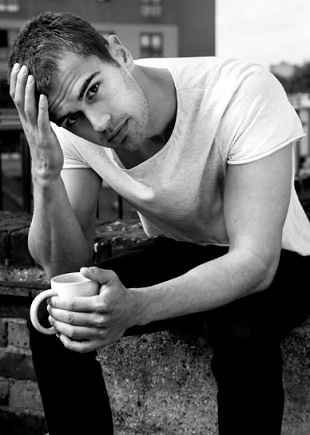 Theo James Shirtless Tumblr Magnificent men of monday